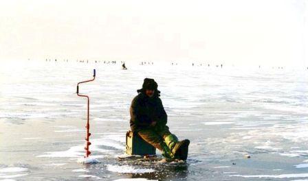 Ловля на покаток позволяет более успешно ловить рыбу в зимний период года, облегчая при этом работу самому рыболову