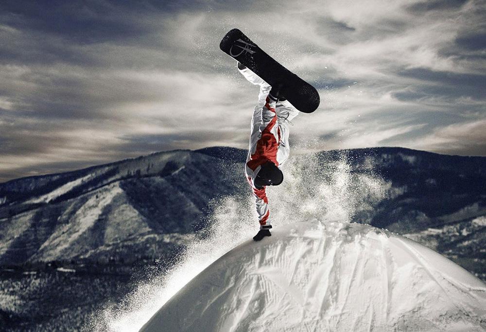 Специальное термобелье поможет без неудобств заниматься горными видами спорта, пережить экстремальные погодные условия