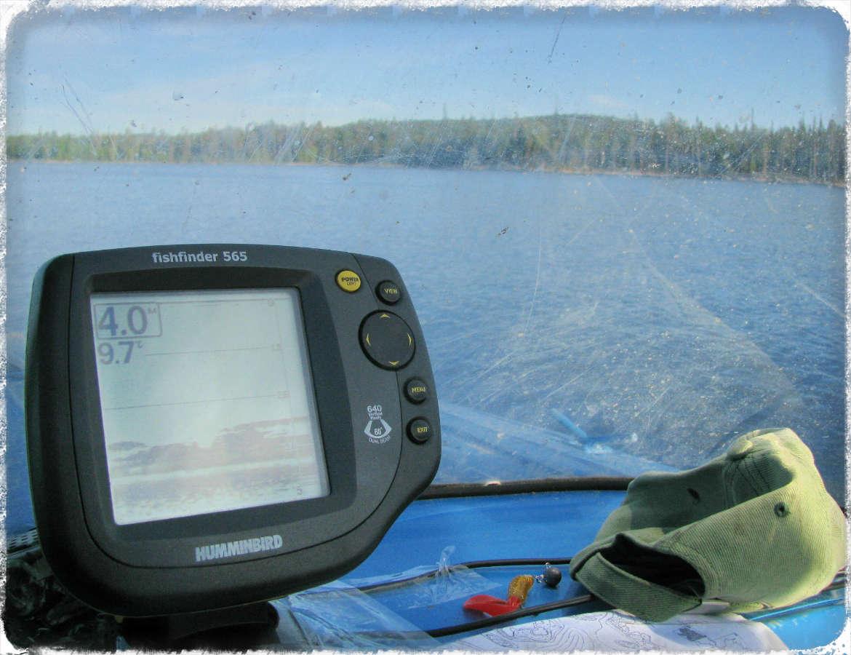 как пользоваться эхолотом для рыбалки с лодки видео
