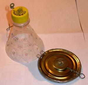Сделать кормушку для рыбалки можно из пластиковой бутылки