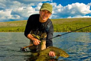 Что представляют собой электронные приманки для рыб и каков принцип их работы?